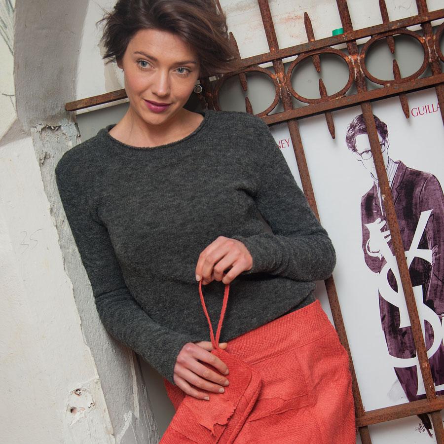 Salmon leather Skirt