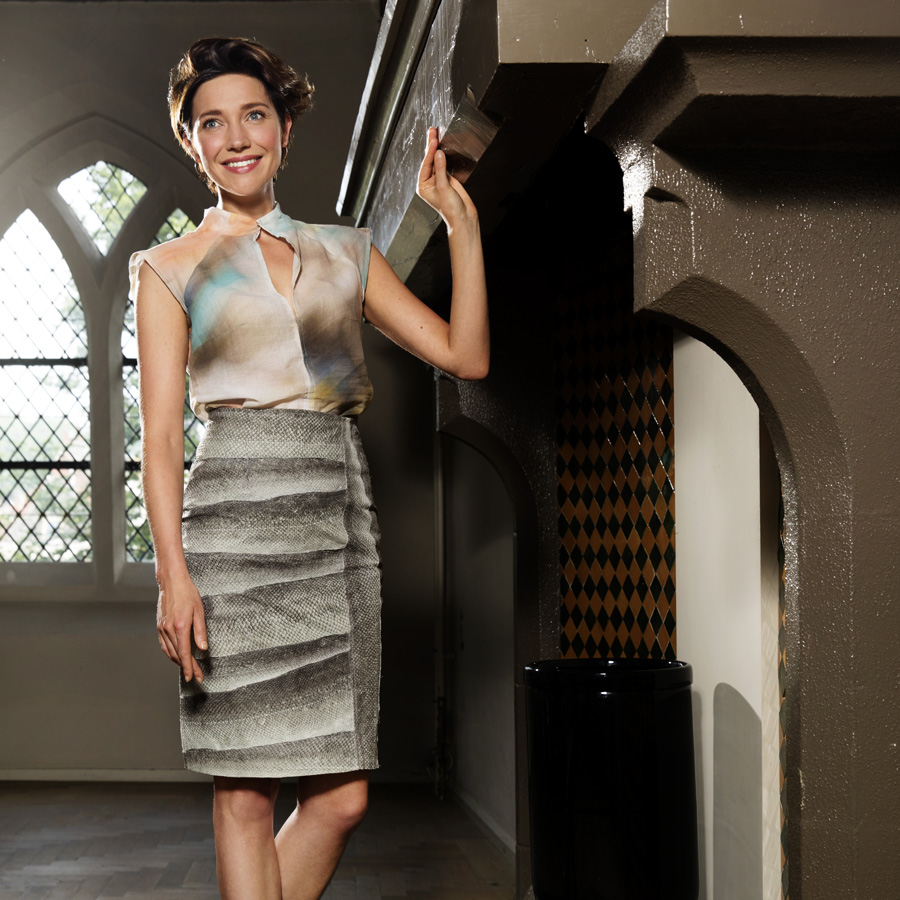 Salmon leather Long skirt in gray tones